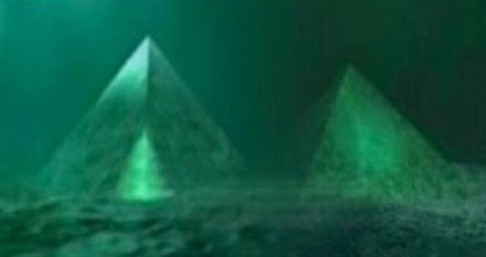Two Giant Underwater Crystal Pyramids Discovered in the Center of the Bermuda Triangle 68
