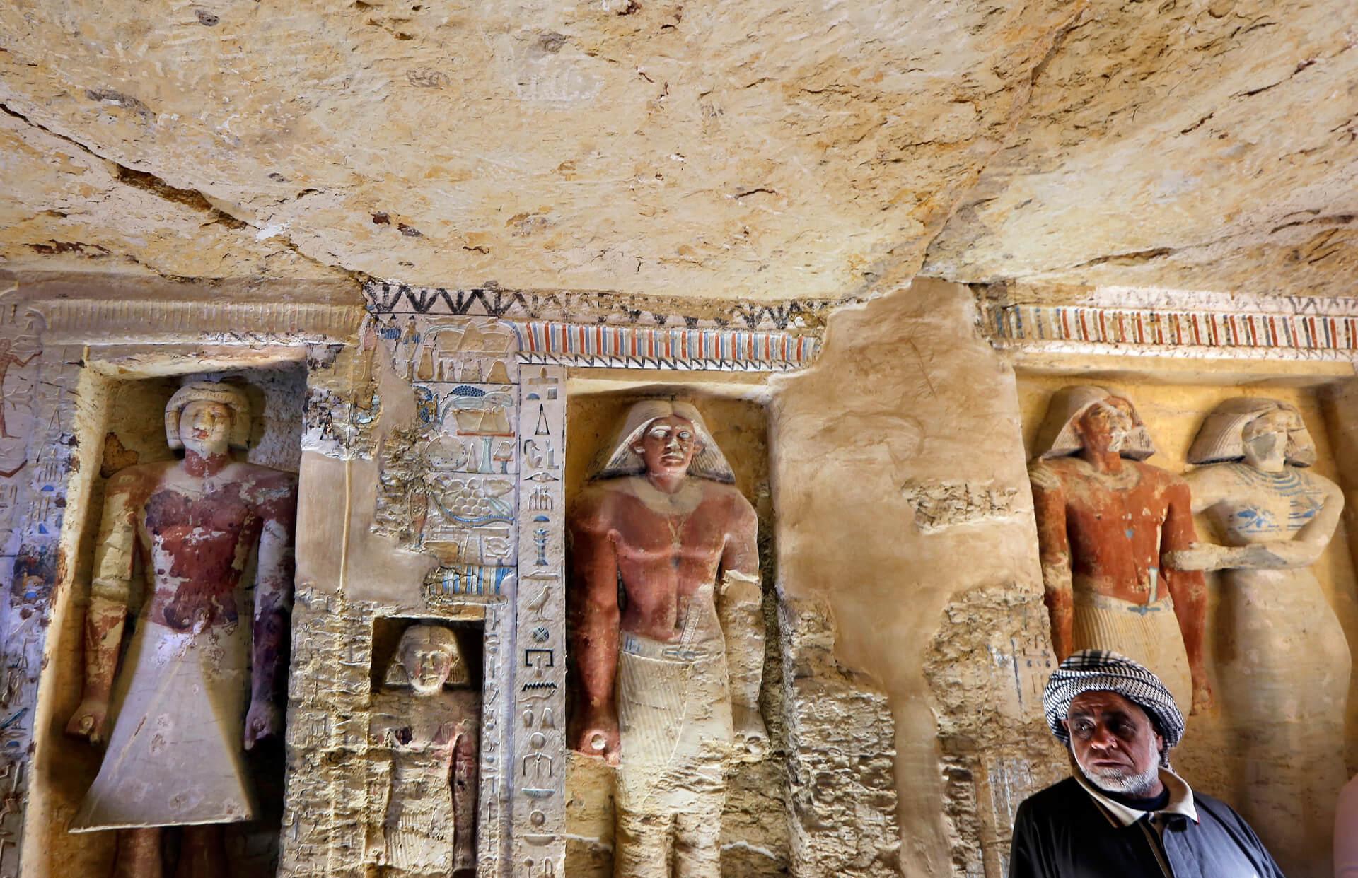 Stunning Photos Show 'One of a Kind' 4,400-Year-Old Tomb Just Discovered in Egypt 1