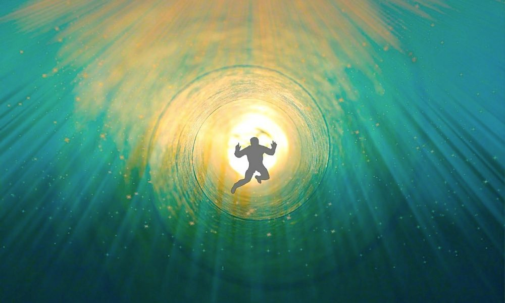 "50 Years of Near Death Experience Research Suggests That The ""Soul"" Is Real 18"