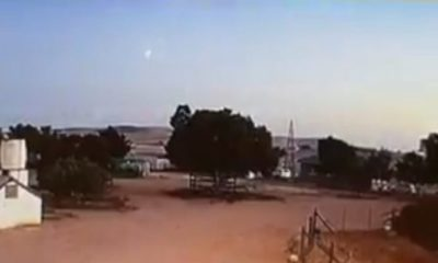 Loud Boom Shook Ground as Daytime Meteor Fireball Explodes over Cape Town, South Africa 95