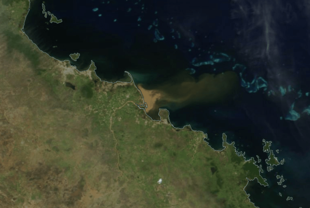 The Great Barrier Reef Was Just Hit by a Flood of Polluted Water Visible From Space 92