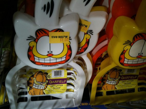 Garfield cat litter scoops.