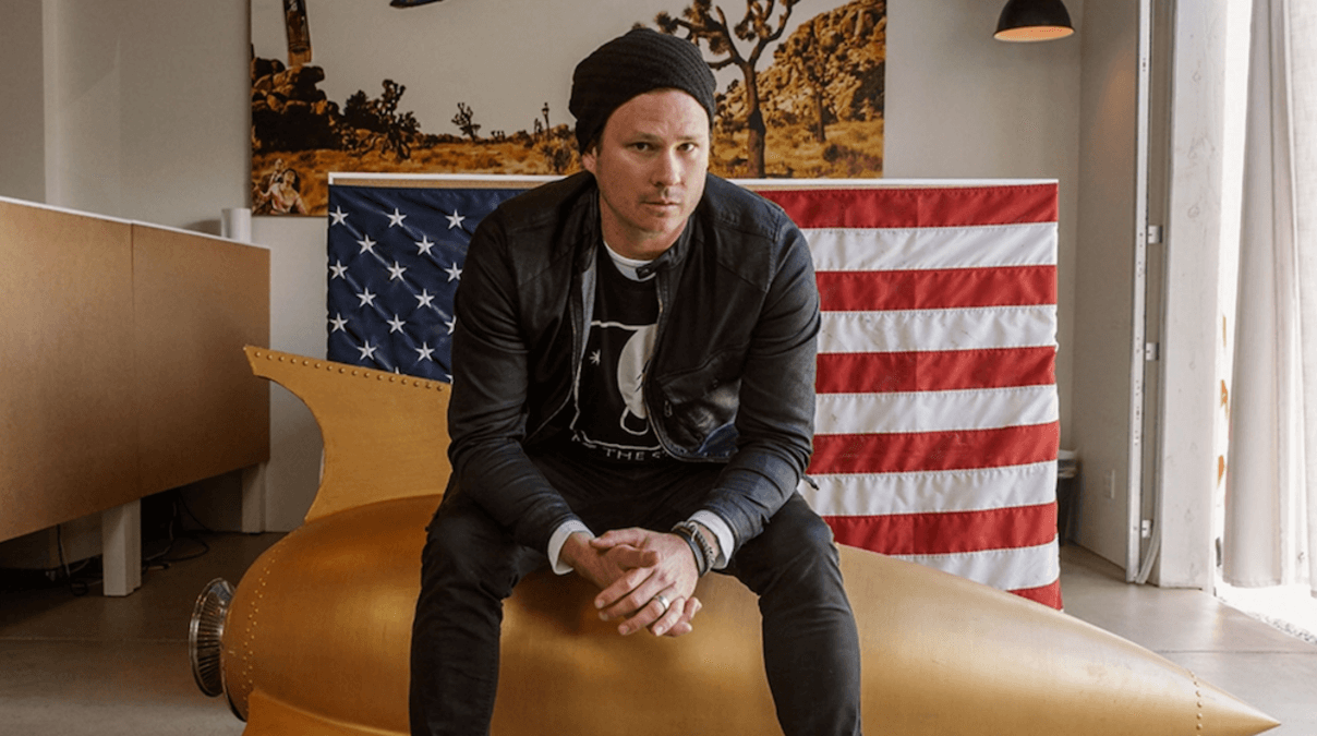 Blink-182's Tom DeLonge Has a New History Channel Show About Aliens 86