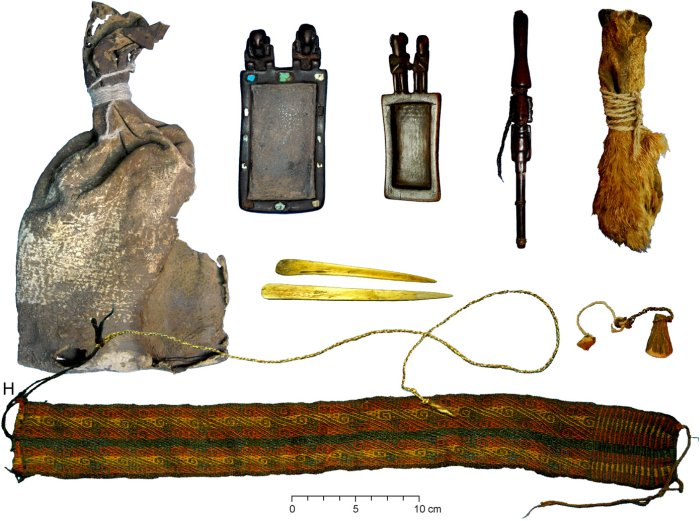Scientists Discover 1,000-Year-Old Shamanic Pouch Containing Cocaine and Ayahuasca 4