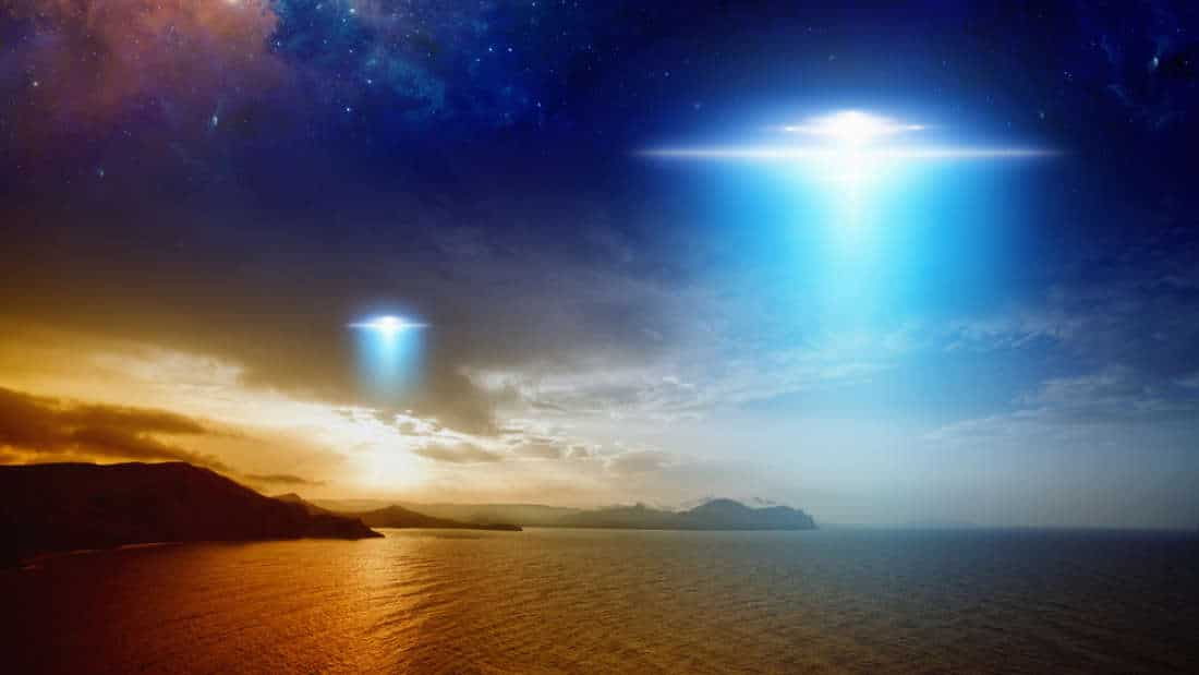 Authorities Now Investigating After Multiple Reports Of UFOs Spotted Off Irish Coast 86