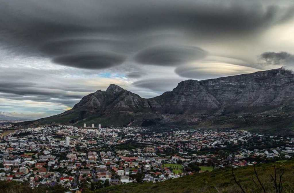 7 Things Most Often Mistaken for UFOs 103