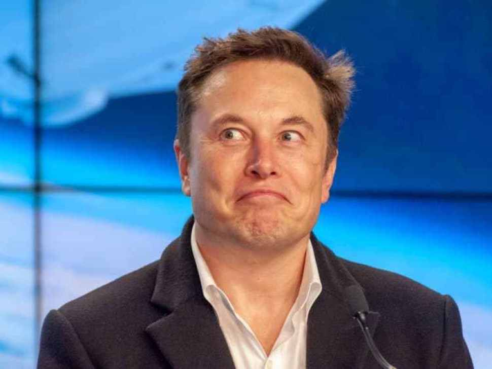 Elon Musk just revealed new details about Starlink, a plan to surround Earth with 12,000 high-speed internet satellites. Here's how it might work. 110