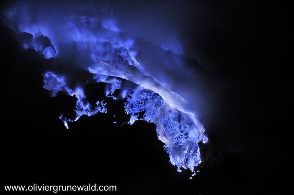 Spectacular blue lava flows at this Indonesian volcano 99