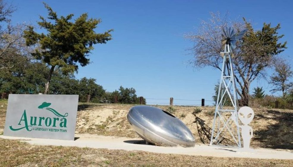 The 1897 Aurora, Texas, UFO Crash & the 'Alien' Buried in the Cemetery 8