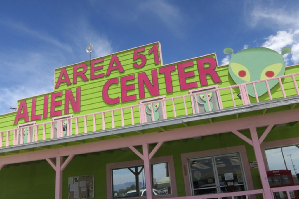 Area 51 Raid Will Be 'Live Streamed'. Nearly 2,000,000 Are Going 92