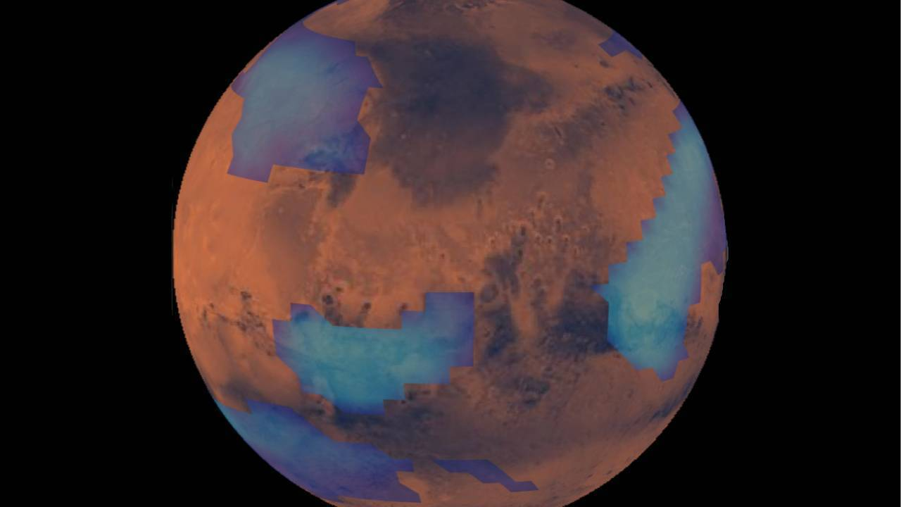 NASA records a strange formation of clouds on Mars 86