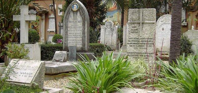 Vatican bones 'too old' to be missing girl 24