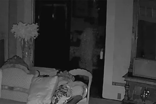 Is this video of a ghost in a white dress the 'Best Ever' footage of a ghost? 4