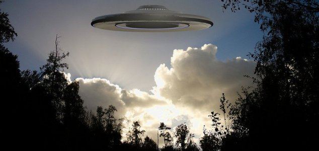 Two brothers saw a 'UFO battle' 40 years ago 28