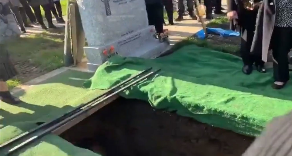 Dead Guy Pranks Mourners as He's Lowered into the Ground 86