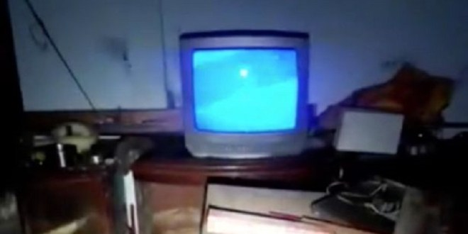 TV with no plug turns itself on inside an abandoned military building 2