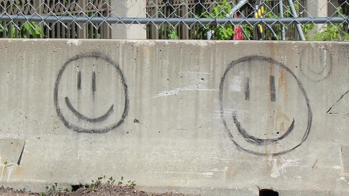 A horrible unsolved mystery - Smiling emoticons 115