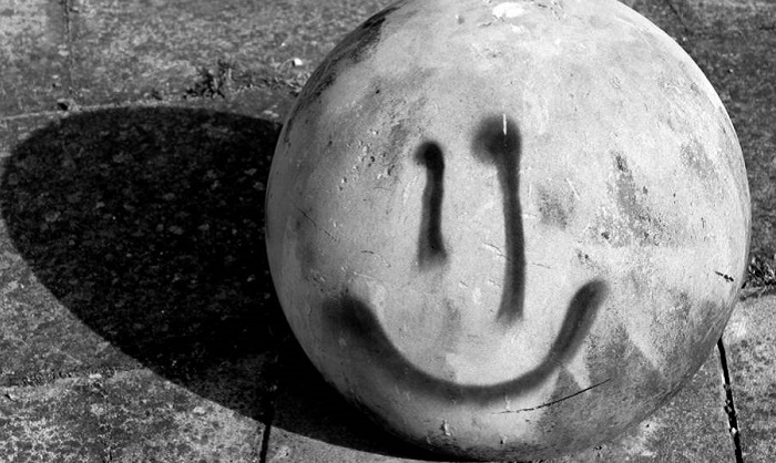 A horrible unsolved mystery - Smiling emoticons 112