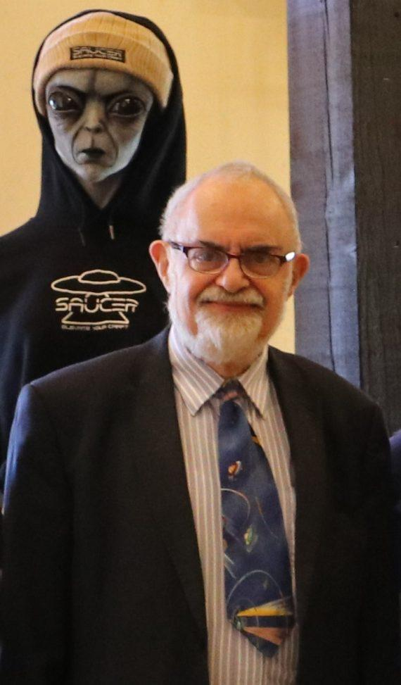 Stanton Friedman's Massive Collection Of UFO Files To Be Catalogued 95