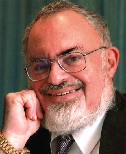 Stanton Friedman's Massive Collection Of UFO Files To Be Catalogued 97