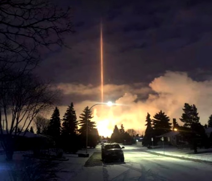 Mysterious Ray of Light causes panic in Edmonton, Canada 97
