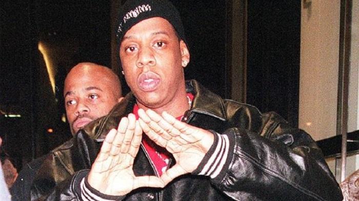 Illuminati symbols and signs are all around us 30