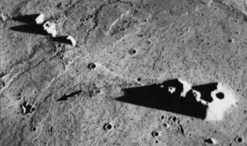 NASA was frightened by the Presence of Extraterrestrials on the Moon 92