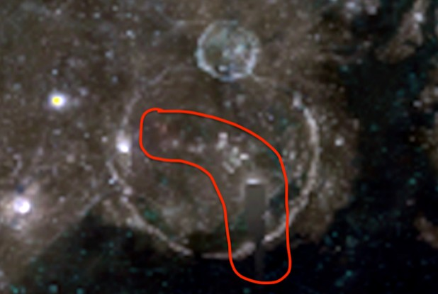 """The Clementine space probe photographed """"Alien Structures"""" and a """"Dome"""" on the Moon 18"""