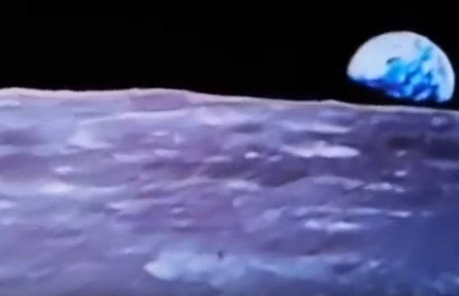 """A spectacular video shows a """"cylindrical object that expels a puff of smoke"""" on the moon 102"""