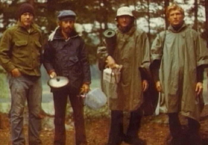 Aliens abduct four people in Allagash, Maine 14