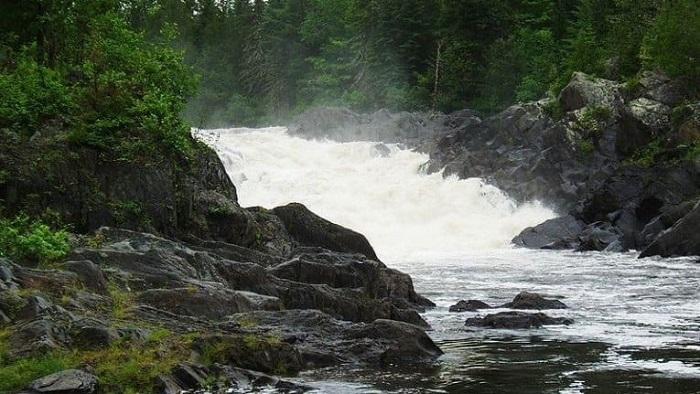 Aliens abduct four people in Allagash, Maine 16