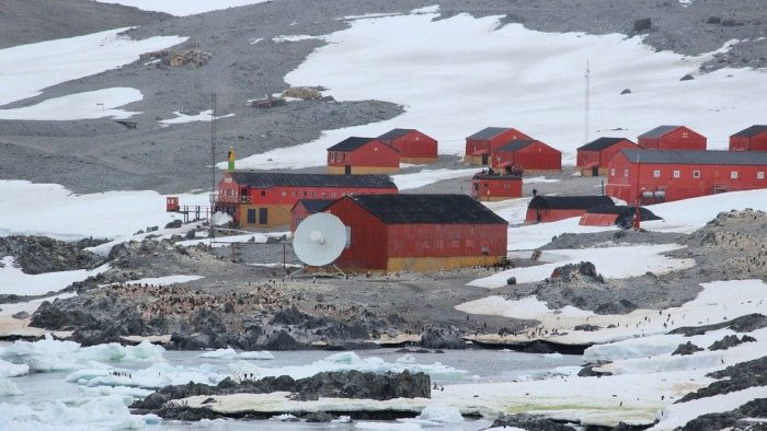 Scientists Discover Prolonged Stay in Antarctic Has Chilling Effect on Brains 1
