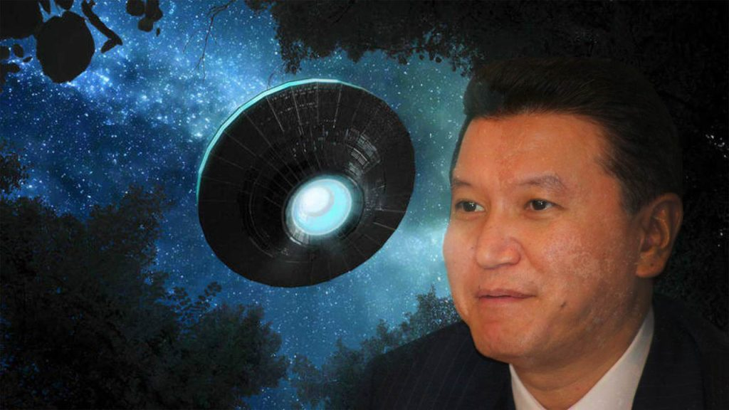 Former president declares that he boarded an extraterrestrial ship 90