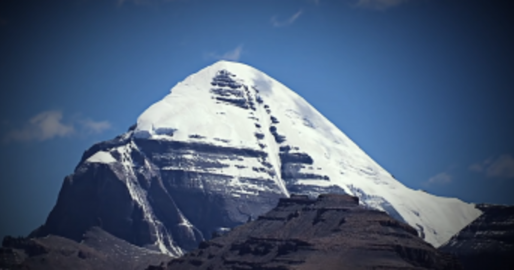Kailash Mountain: Pyramid or Nuclear Power Plant? 92