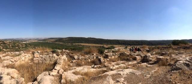 The biblical hometown of Goliath discovered in Israel, and the ruins are gigantic 13