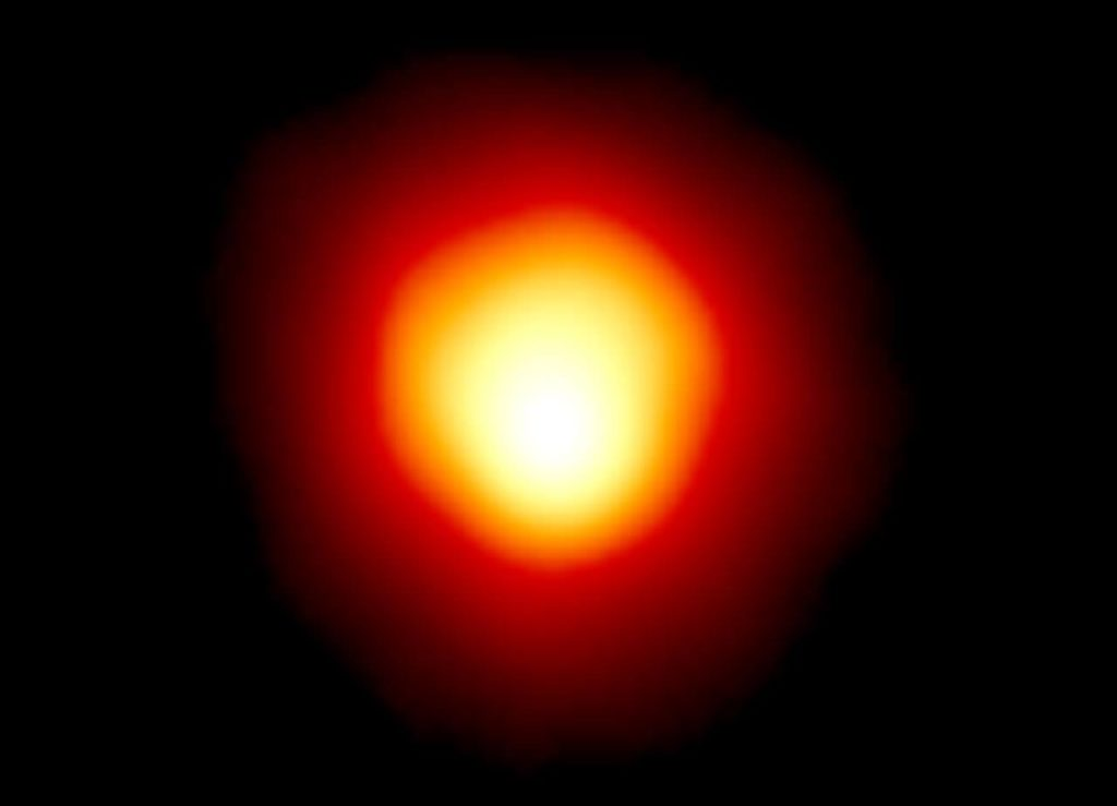Betelgeuse star continues to fade, preparing for an explosion 8