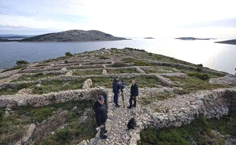 Ballenac - Thumbprint Island 11