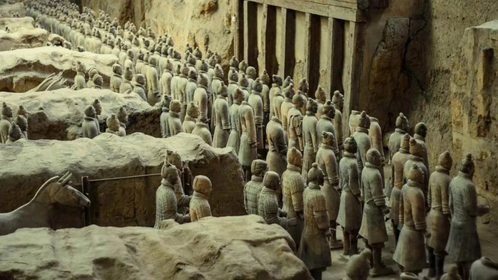 220 New terracotta warriors were discovered in China 7