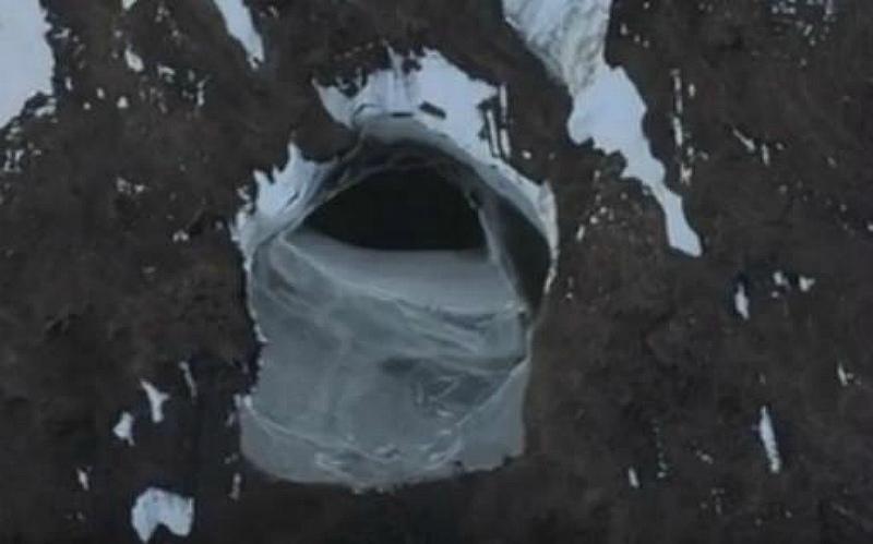 Dead Cities in Antarctica 87