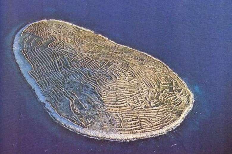 Ballenac - Thumbprint Island 9