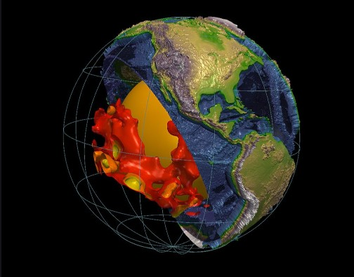 """Huge anomalies"" at the edge of the earth's core 13"