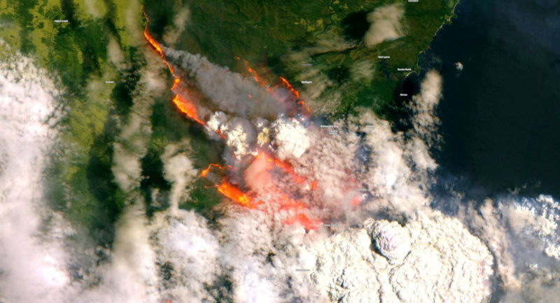 Japanese satellite captures stunning images that show the extent of forest fires in Australia 86