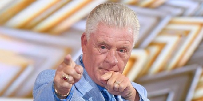 Derek Acorah, Most Haunted star and TV medium has died 8