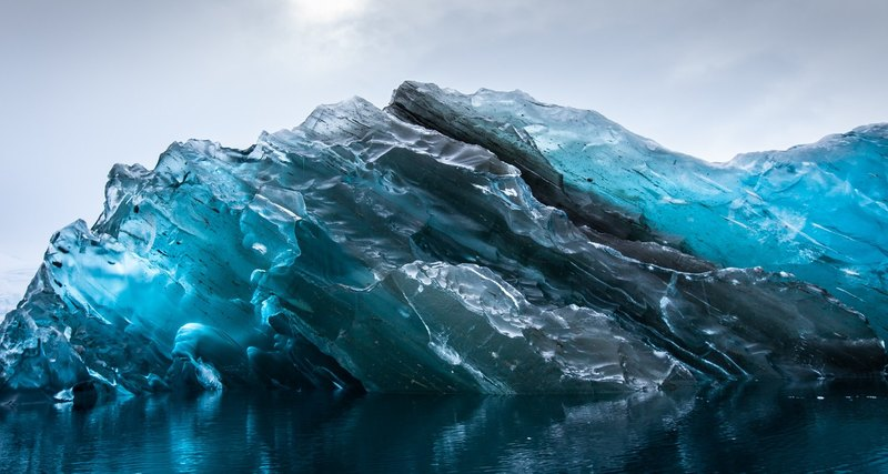 Archaeologists have found artifacts under the melted ice of Antarctica 7