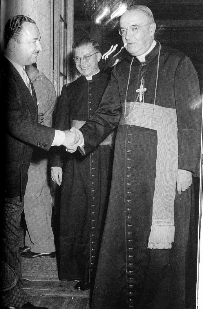 Joseph Grigulevich (left)