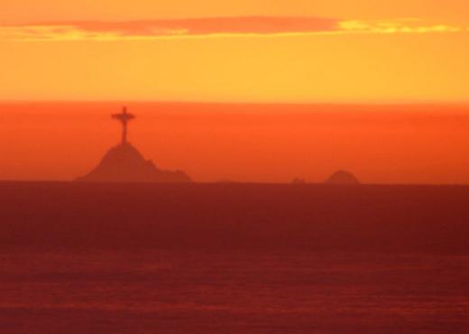 Fata Morgana: Christ the Redeemer Statue Appears Near San Francisco 1