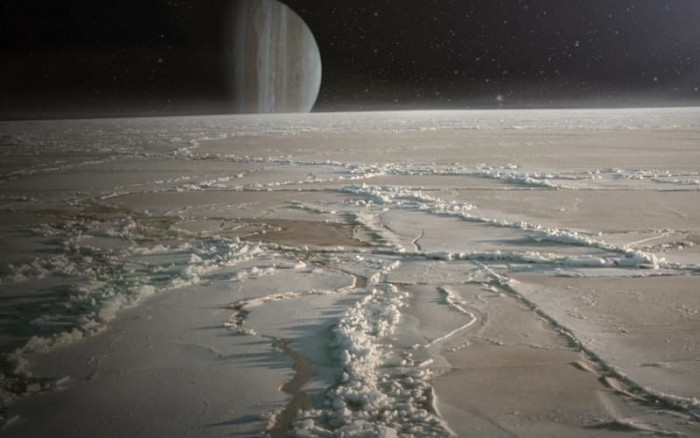 Aliens at Jupiter: under the icy shell of Europe it is possible to meet higher forms of life 88