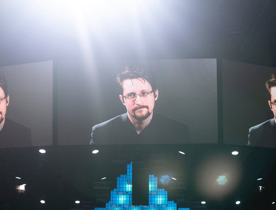 Snowden: Governments use coronavirus to create a system of oppression 87