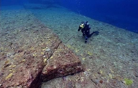 Yonaguni's underwater ruins - the remains of Lemuria? 142