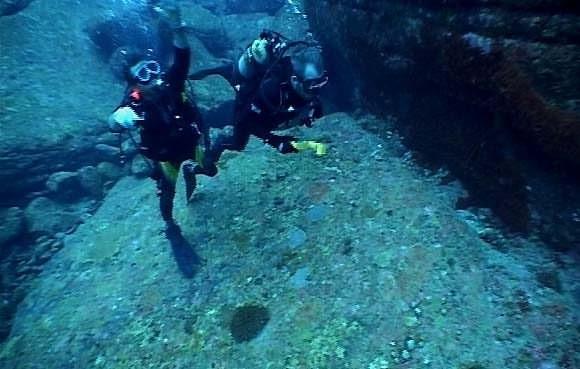 Yonaguni's underwater ruins - the remains of Lemuria? 144